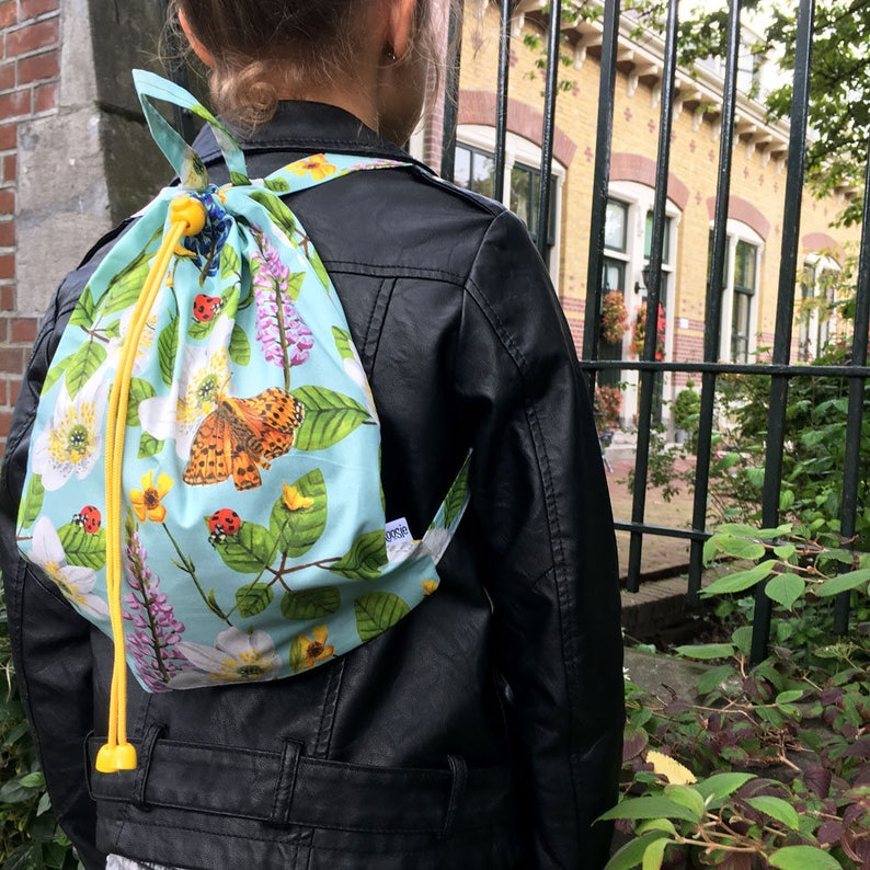 Children's Backpack Flowers & Insects blue image 0