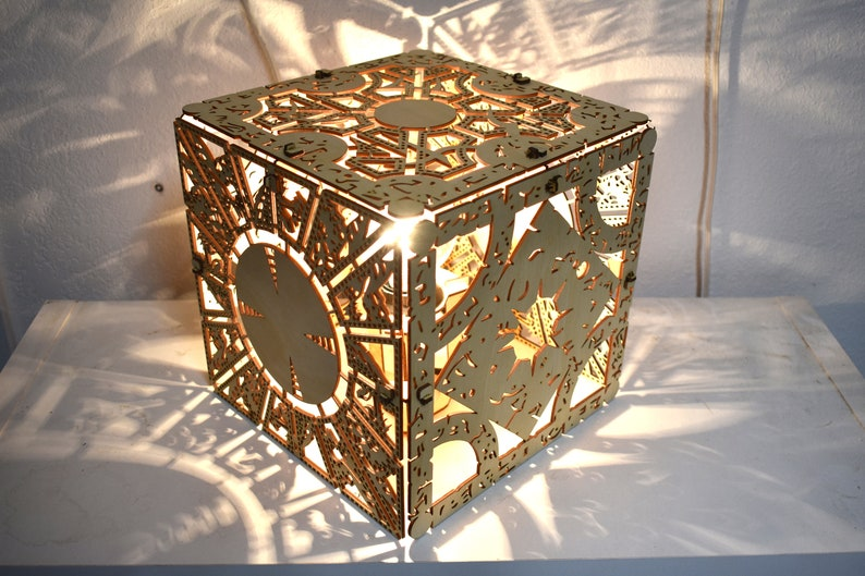 Hellraiser Puzzle Box  Desk Lamp image 0