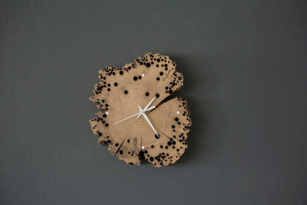 WOODEN WALL CLOCK 20-30 cm