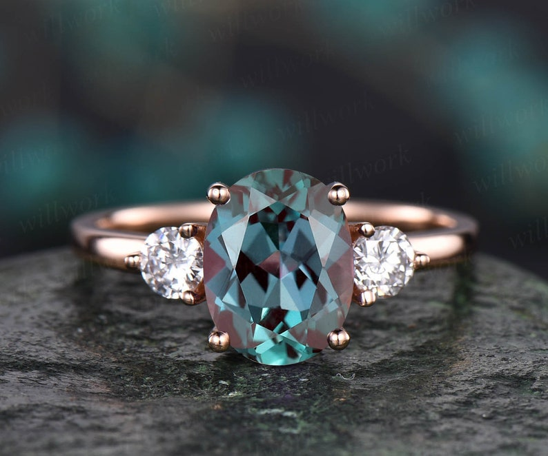 7x9mm oval shaped Alexandrite engagement ring unique vintage three stone moissanite engagement ring for women rose gold ring birthday gift