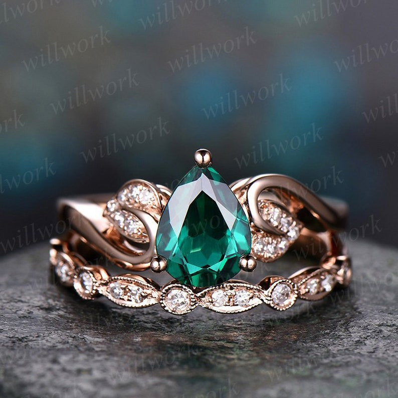 2488def915982 Emerald engagement ring set rose gold emerald ring vintage diamond 2pcs  floral wedding bridal set May birthstone pear unique promise ring
