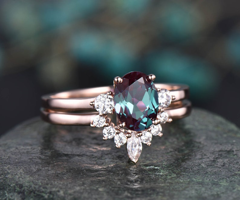 2pcs Alexandrite bridal set oval Alexandrite engagement ring image 1