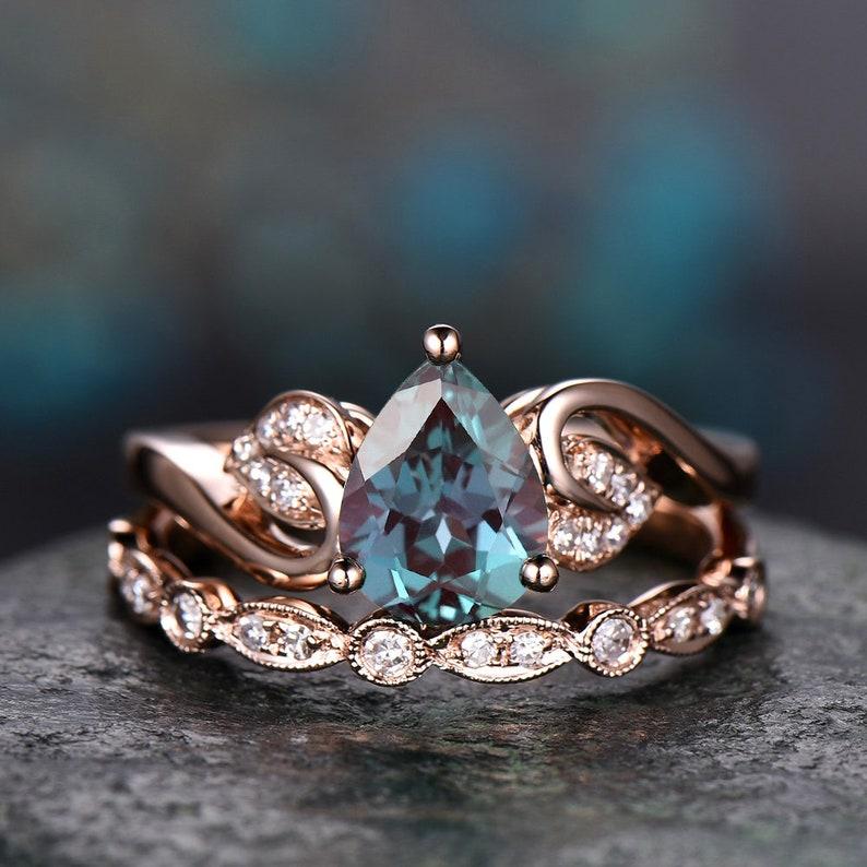 2pcs flower antique diamond ring Alexandrite engagement ring image 0