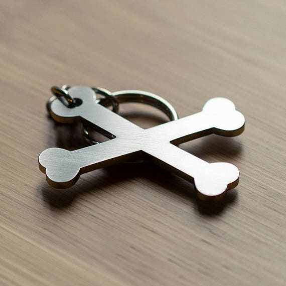 Metal crossbones keychain, cool keychains, best keychain, unique keychains, keychain online, awesome key chain rings, keychains for guys