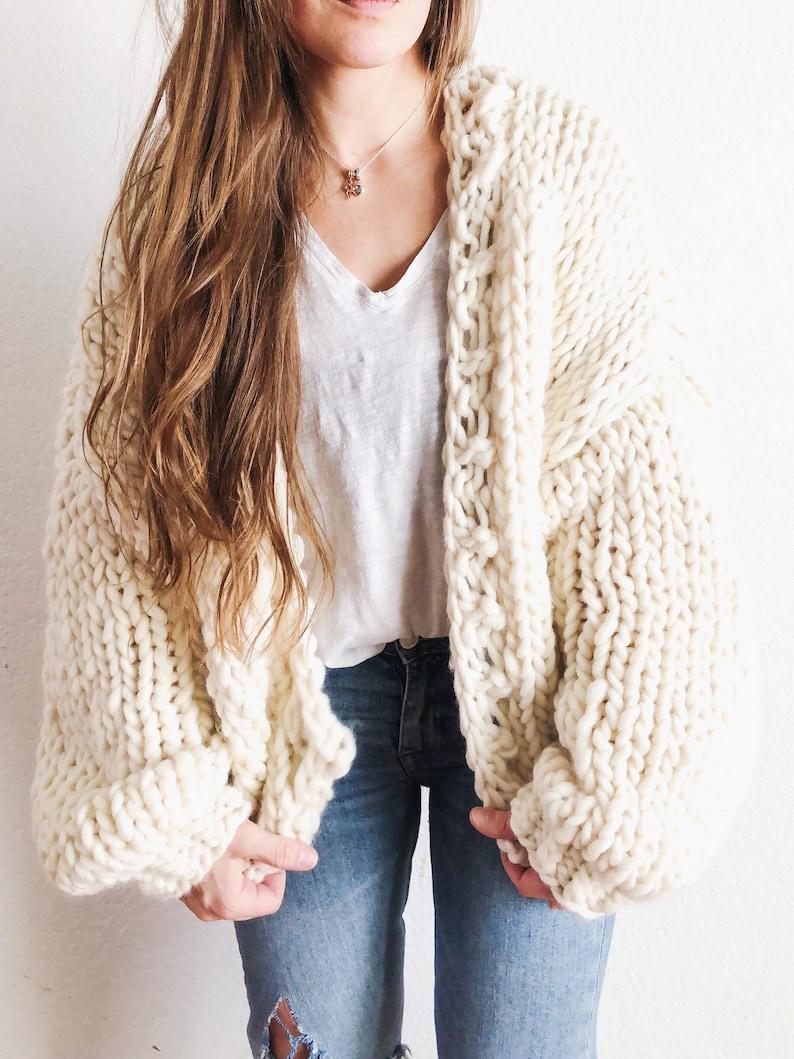 Winter Blues Cardi wool knitting pattern image 0