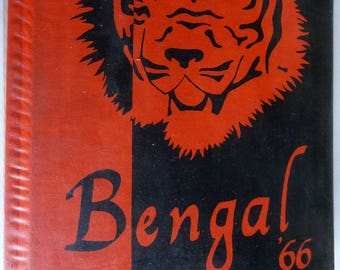 Battle Ground High School Yearbook (Annual) 1966 - The Bengal Volume 27 - Clark County Washington WA