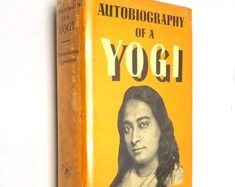 Autobiography of a Yogi by Paramahansa Yogananda 10th Edition Hardcover HC w/ Dust Jacket DJ 1969 Self Realization Fellowship