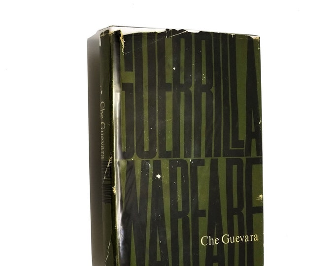 Guerrilla Warfare by Che Guevara Hardcover Early Ptg HC w/ Dust Jacket DJ 1961 Monthly Review Press
