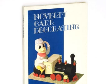 Novelty Cake Baking Decorating by SUE WELLS Cut-out Patterns Party Swiss Rolls 1980