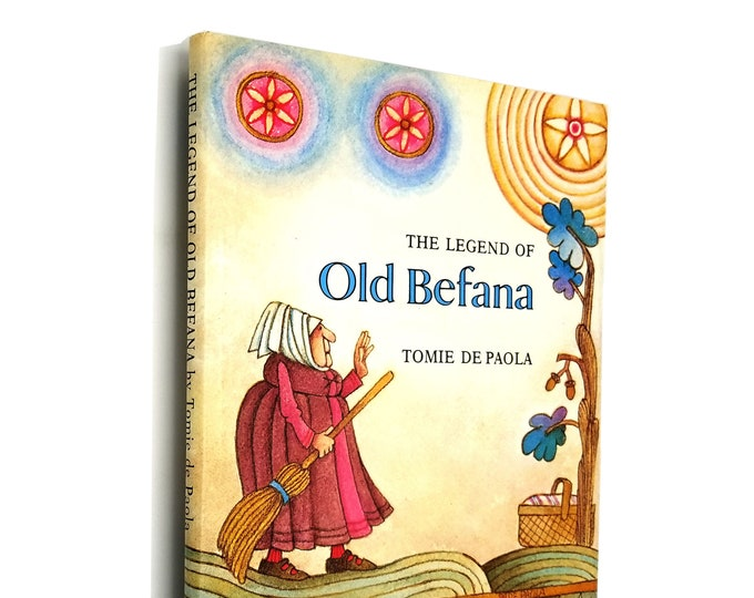 The Legend of Old Befana: An Italian Christmas Story by Tomie De Paola 1st Edition Hardcover w/ Dust Jacket 1980