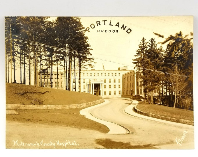 Photo of Multnomah County Hospital, Portland, Multnomah County, Oregon (circa 1930) OHSU Pill Hill