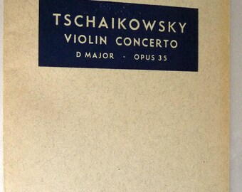 Tschaikowsky Violin Concerto D Major Opus 35 Pocket Score - Boosey and Hawkes - B&H #8825 Ca. 1940s