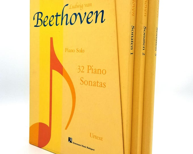 Ludwig van Beethoven: Piano Solo, 32 Piano Sonatas 1994 Konemann Music - 3 Book Set and Slipcase