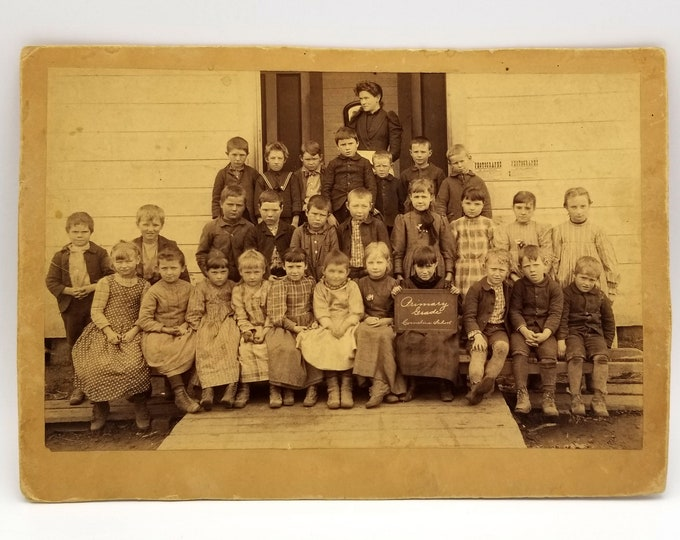 Photo of Cornelius School, Primary Grade (circa 1900, near Hillsboro, Oregon)