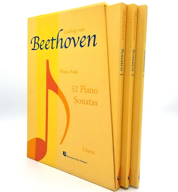 Ludwig van Beethoven: Piano Solo, 32 Piano Sonatas 1994 Konemann Music - 3 Book Set and Slipcase