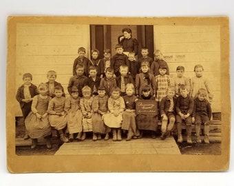 Photo of Cornelius School, Primary Grade (circa 1900, near Hillsboro, Oregon)