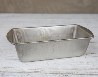 Vintage and Weathered Bread Loaf Pan-Food Photography Props