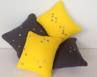 Pin cushion with sparkle!