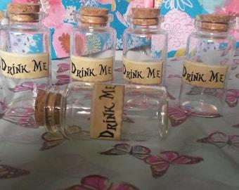 5 Drink Me Alice In Wonderland Style 25ml Glass Bottles Shot Size Wedding Party