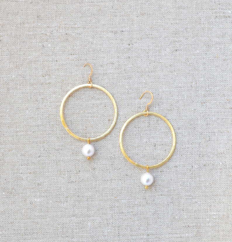 Gold or Silver Shell Pearl Hoop Circle Dangle Drop Earrings // image 0