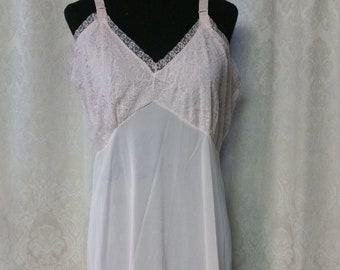 7367b67f39c Lingerie Full Slip Pink Nylon Lane Bryant Size 40