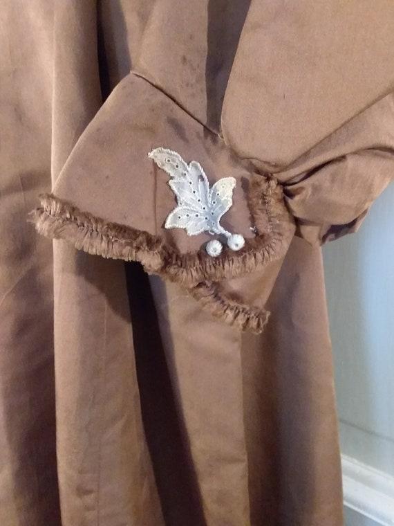 Victorian 2 Piece Brown Silk Dress Waist and Bust… - image 4
