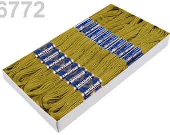 24 Docking Embroidery/Stick Twist #6772 Moss