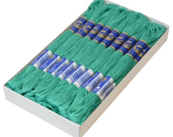 24 Docking Embroidery/stick Twist #6552 Aqua