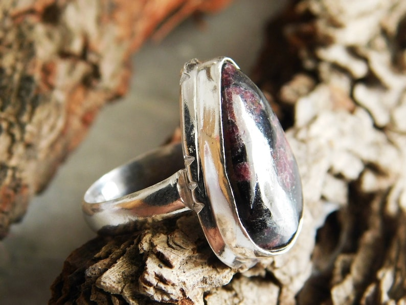Sterling Silver ring US size-6 Handmade ring Eudialyte gemstone Ring,gift stone ring Eudialyte Ring Statement Ring Purple Ring KR-325