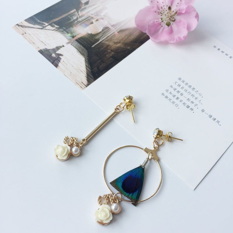 2018 New Design Peacock Feather Earrings Large Circle Earrings With Flower Decoration