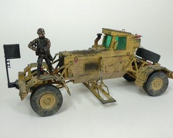 1/35 Built Husky MK III   VMMD