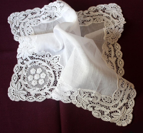 Wedding handkerchief - lace handkerchief - white l