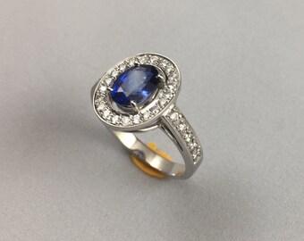 18K white Gold Ceylon Blue Sapphire  Ring with Natural  Diamond