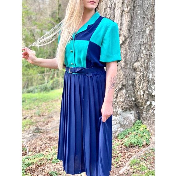 70's Shirtwaist Dress | Vintage Pleated Dress, Vin