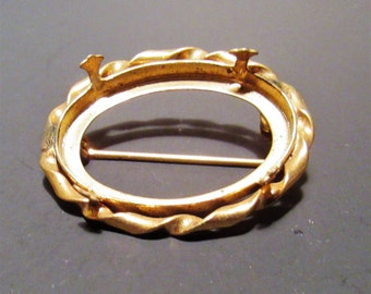 Gold color Brooch for 30x40mm cab
