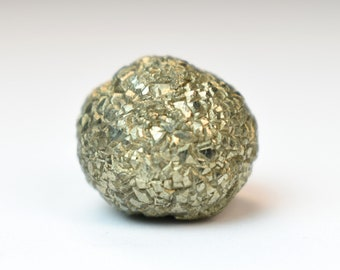 Pyrite Specimen Raw Pyrite Stone Mass Formation Pyrite Crystal Protection Stone Metaphysical Altar Stone Gift