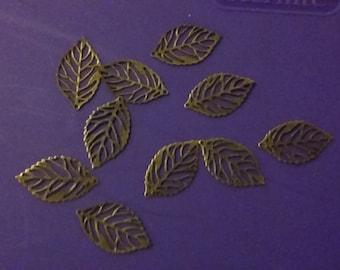 10 metal leaf charms