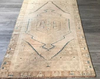 "Low Pile Oushak Rug.3""7x6""9ft.salon rug,Lowpile Vintage rug,Turkish vintage rug,Turkish rug,Vintage Oushak rug,decoration rug,Area rug."
