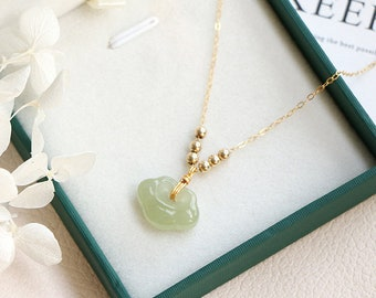 Dainty Natural Green Jade Ruyi Charm Dumpling Pendant Necklace, Gold Beads Adjusted Necklace, Good Luck Chain Choker, Adjustable Jewelry
