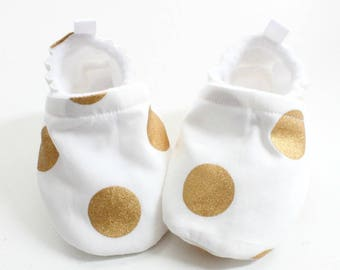 Fun metallic gold polka dot Baby shoes, baby shoes girl, soft sole, baby booties, baby girl shoes, gold baby shoes,  large polka dot shoes