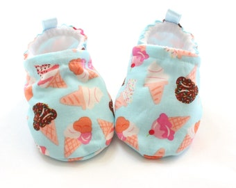 Blue Icecream Baby shoes, baby shoes girl, soft sole, baby booties, toddler shoes, baby girl shoes, baby moccasins