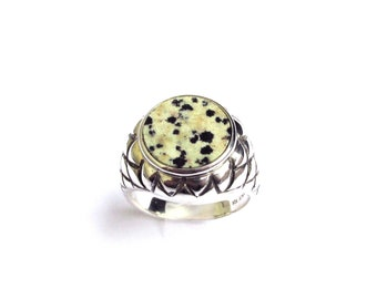 Inrevlis Ring