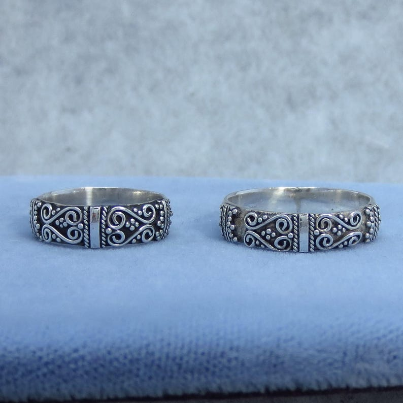 Vintage Size 5 Sterling Silver 6.25 or 8.75 Bali Band Ring