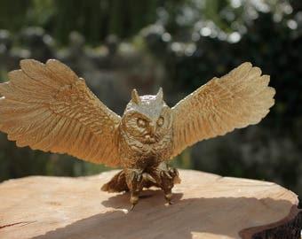 Gold Owl Bird of Prey Wedding Cake Topper Centrepiece Decoration Prop Animal Nature Woodland Rustic Golden Metallic Silver Copper Potter