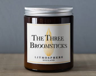 The Three Broomsticks - Candle (180g)