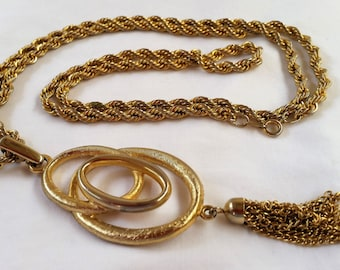 Vintage Gold Chain & Pendant Necklace 1950s Costume Jewelry