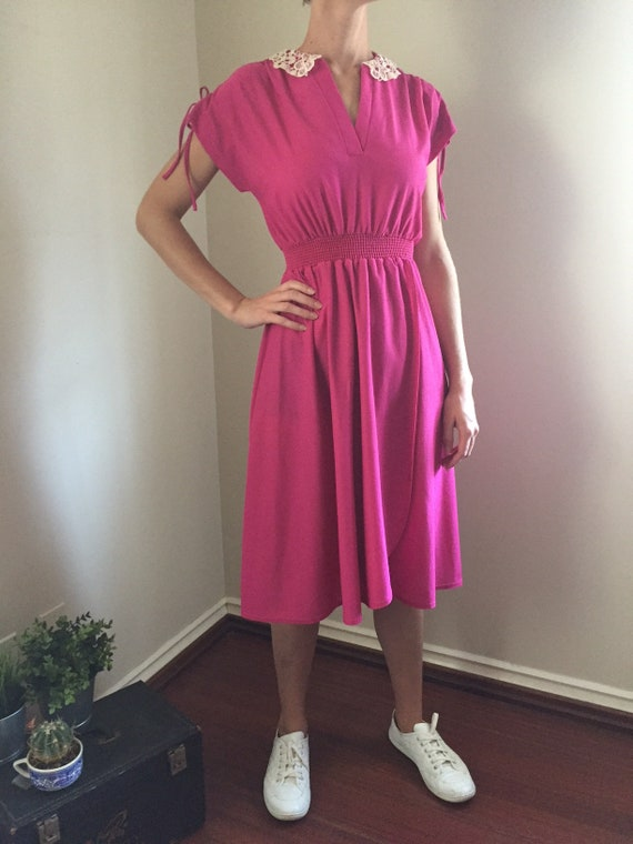 80s Pink Dress with Lace Collar S M L