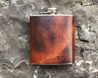 Personalized leather hip flask/ Autumn harvest leather flask/ rustic flask/ groomsmen gift/ Fathers Day Gift/ birthday gift/ wedding gift