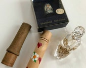 Mixed Lot of Vintage Sewing Collectibles - Wood Needle Cases, Collectible Hummel Thimble, Glass Slipper Thimble Holder, Estate Lot, Etui