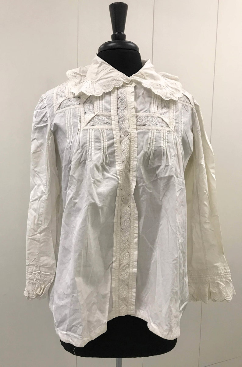 Historical Top Women Downton Abbey with Whitework Hand Embroidery Fine Antique Cotton Shirt  Jacket Edwardian Clothing Large Size